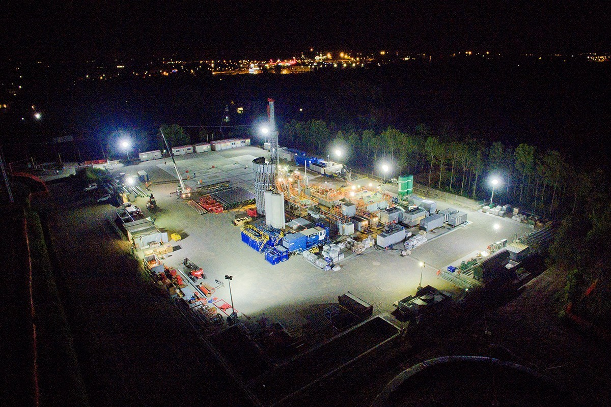 Cantiere Ital Gas Storage notturna